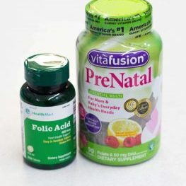 Prenatal vitamins and folic acid